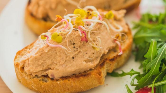 Pasta kanapkowa z makreli - krok 3