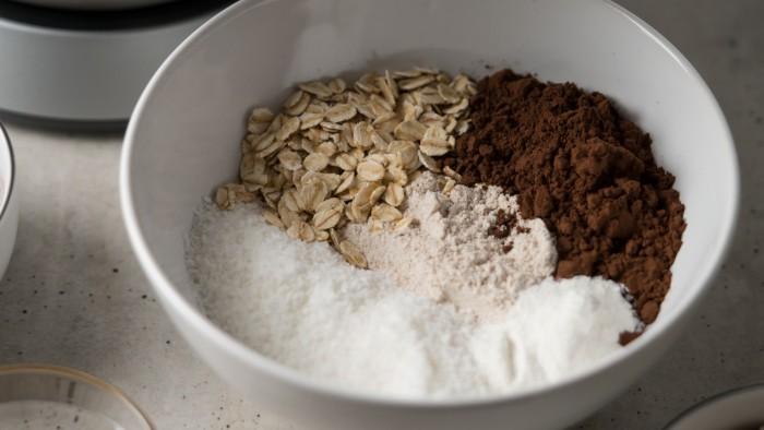 Kokosowo-czekoladowe fit muffinki - krok 1