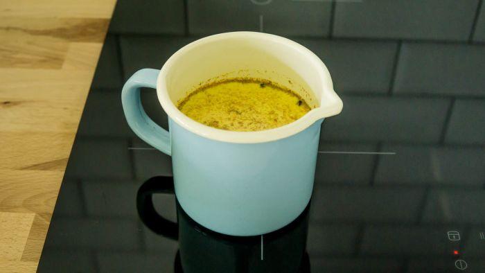 Złote mleko - krok 2