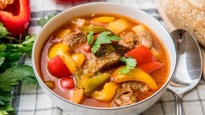 Zupa węgierska - krok 4