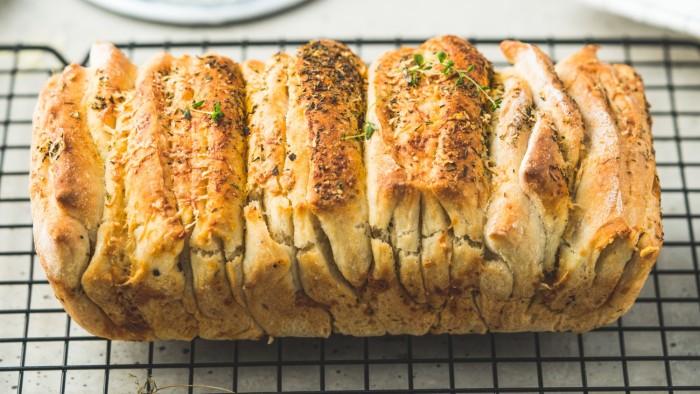 Chleb do odrywania - pikantny - krok 4