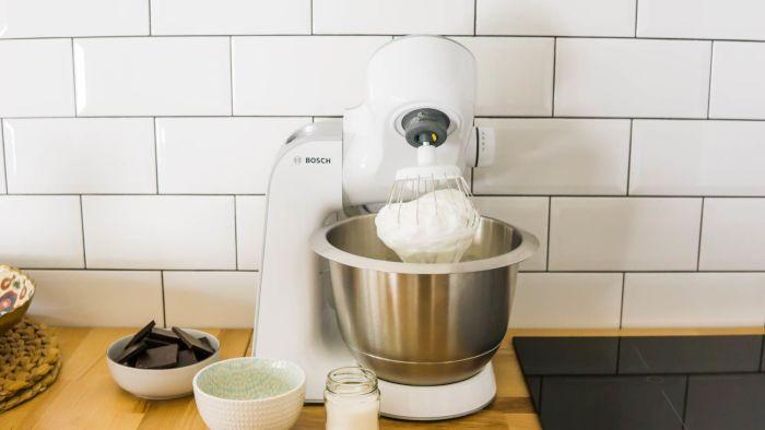 Czekoladowe ciasto bez mąki z kremem waniliowym - krok 2