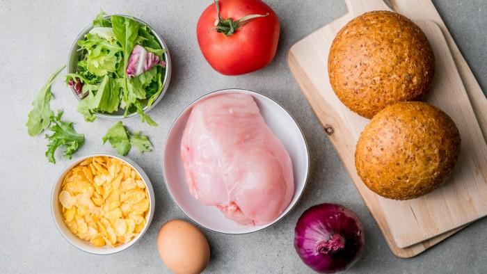 Domowy chicken burger  - krok 1