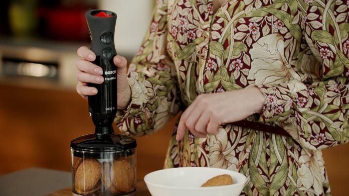 Sernik z karmelem i orzechami w karmelu - krok 1