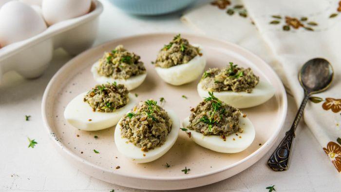 Jajka faszerowane pieczarkami - krok 3
