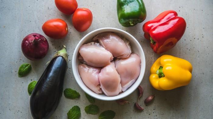 Kurczak pieczony z warzywami - krok 1