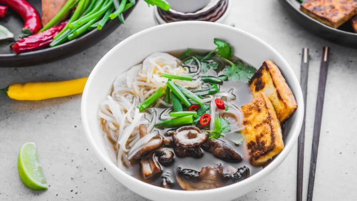 Wegetariańska zupa Pho - krok 5