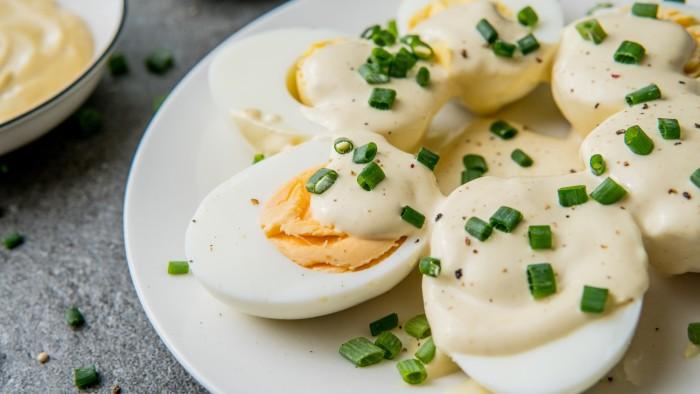 Jajka w sosie musztardowym - krok 3