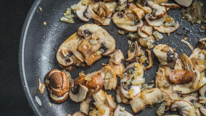 Wytrawne muffiny z grzybami - krok 1
