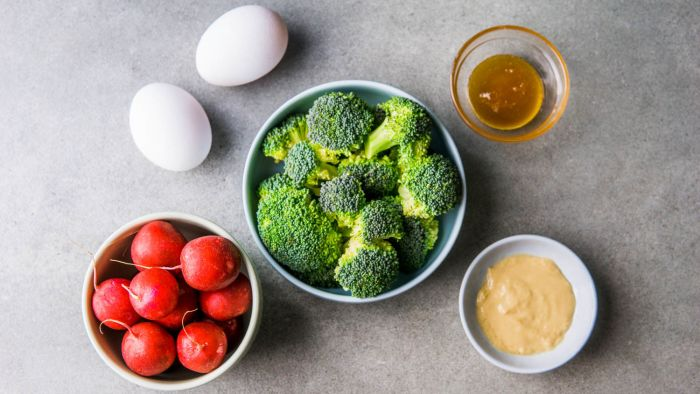 Sałatka z brokułem - krok 1