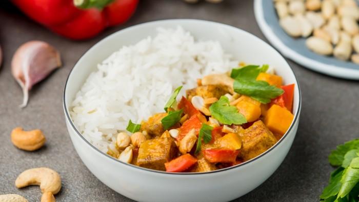 Tajskie, żółte curry z tofu - krok 2
