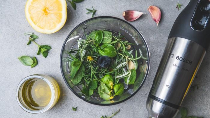 Pstrąg pieczony cytrynowo-ziołowy - krok 2