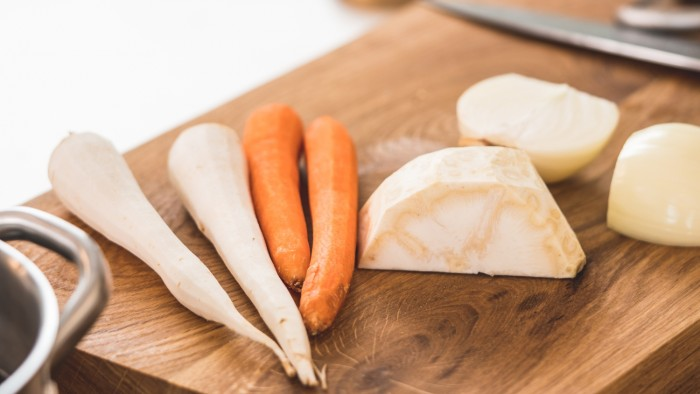 Wigilijna zupa grzybowa - krok 2