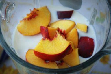 Obieranie i pestkowanie owoców i warzyw