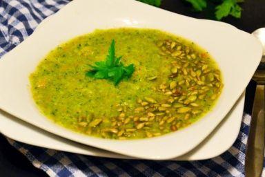 Jak nadać chrupkości zupie?