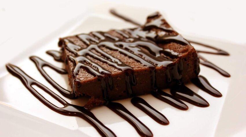 Jak zrobić polewę czekoladową?