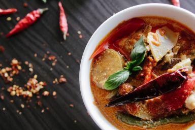 5 sposobów na bardziej aromatyczną zupę