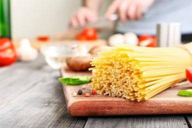 Jak ugotować makaron spaghetti al dente?