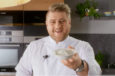 Jak zrobić jajko w koszulce?