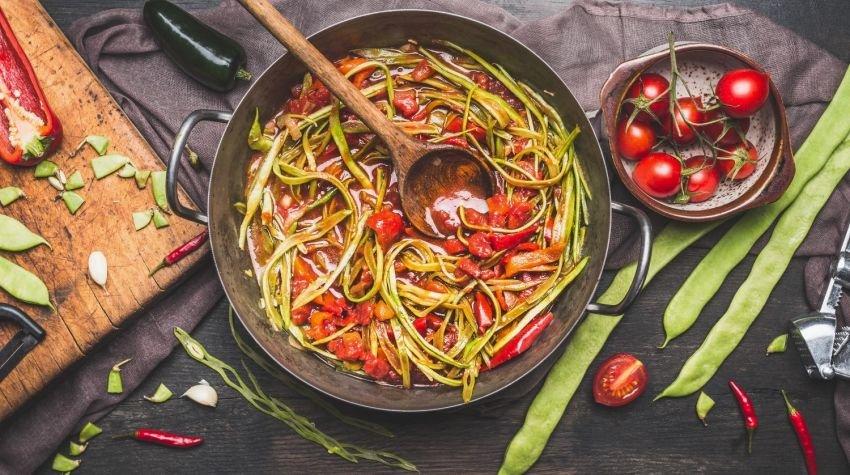 Jak gotować w dużych i niestandardowych garnkach?