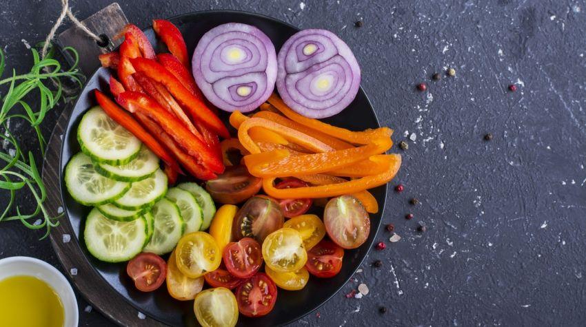 Jak szybko posiekać warzywa i zioła?