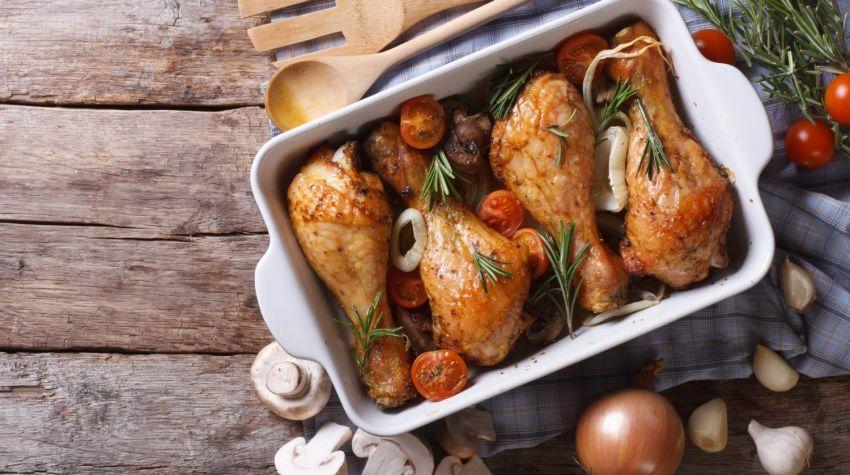 Ile czasu piec kurczaka, a ile inne mięsa?