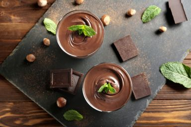 Jak rozpuścić czekoladę? 3 sposoby