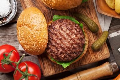Jak wybrać mięso na burgery?