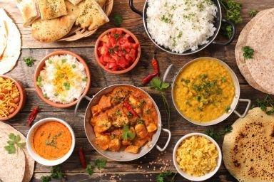 Czym charakteryzuje się kuchnia indyjska?