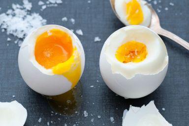 Ile gotować jajko na miękko i na twardo?
