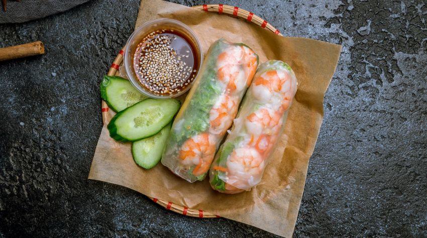 Papier ryżowy – szybkie przepisy: pierożki, sajgonki i rollsy