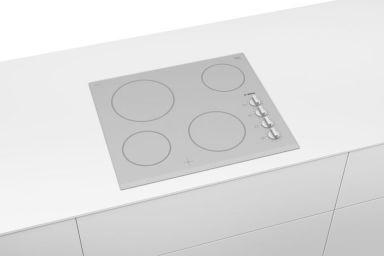 Biała płyta ceramiczna Bosch Serie 2 – daj się zauroczyć